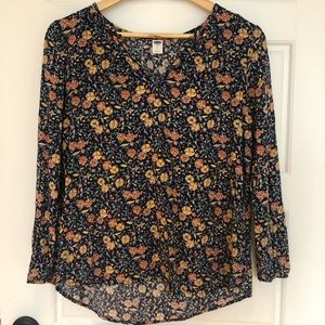 🌿2/$15 🌿 Old Navy Blouse